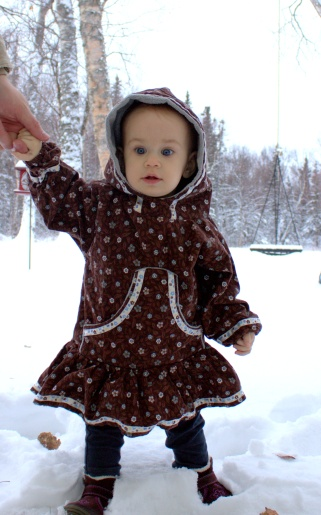 esther in snow 1